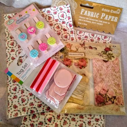 Surprise craft & tags box